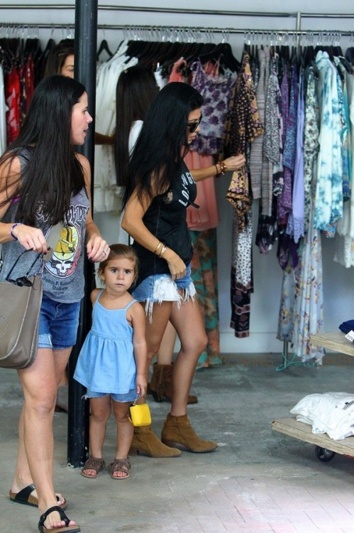 Kourtney Kardashian out in LA shopping with daughter Penelope Disick