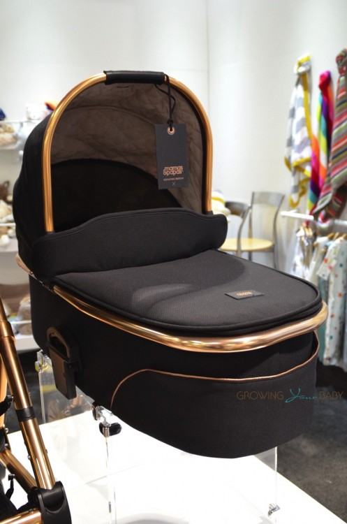 Mamas & Papas - Urbo2 Signature Editon Rose Gold bassinet
