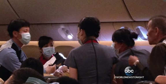 Mom Gives Birth To 32 Weeker Onboard Flight From Taiwan to Los Angeles