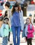 Sarah Jessica Parker does the school pickup with daughters Tabitha and Marion