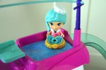 VTECH Flipsies Sandy's House & Ocean Cruiser - floating in the pool