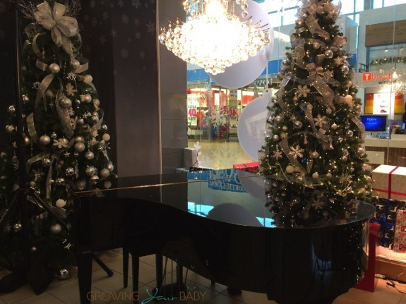 2015 RBC Avion Holiday Boutique - piano