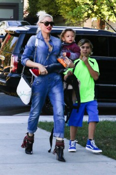 Gwen Stefani attends Sunday Service with son APollo and Kingston Rossdale