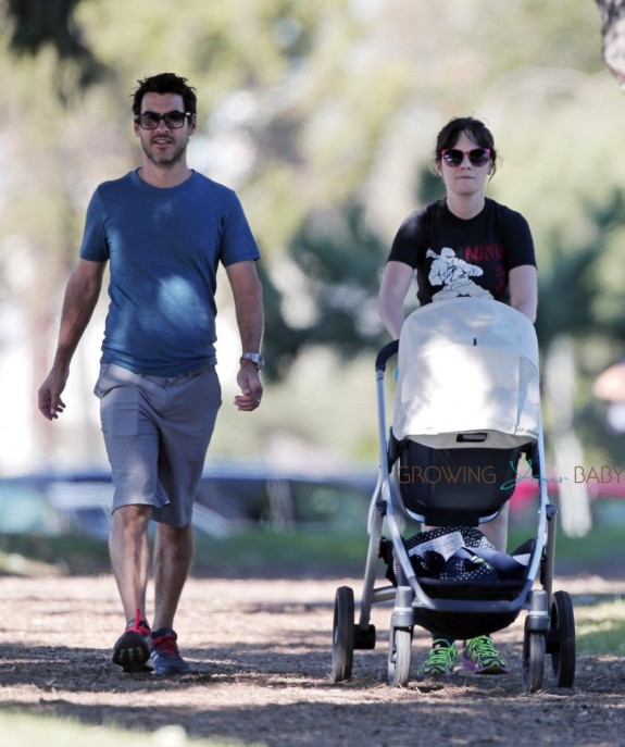 New Parents Zooey Deschanel Jacob Pechenik Step Out With Their Daughter