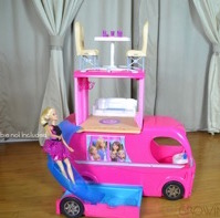 Barbie Camps in Style in Her 2015 Pop-Up Camper!  {VIDEO REVIEW}