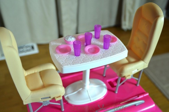 barbie pop up camper - dining area