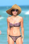 Bethenny Frankel enjoys a beach day in Sunny Miami