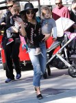 Jenna Dewan Tatum and Daughter Everly at the Farmer's Market