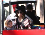 Jenna Dewan Tatum and Daughter Everly ride the train at the Farmer's Market