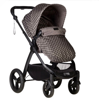 Mountain Buggy Cosmopolitan GEO with footmuff