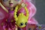 Shopkins Bubbleisha doll  - purse