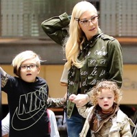 Gwen Stefani & Blake Shelton Take The Kids To The Movies!