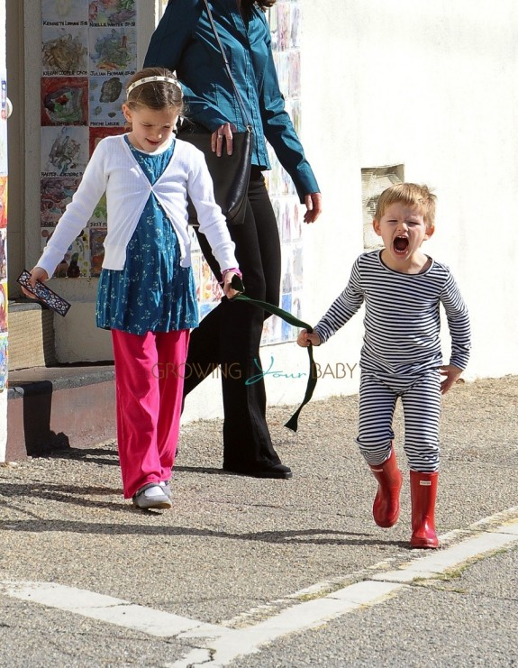 Jennifer Garner takes her kids Sam and Seraphina Affleck to church in Pacific Palisades on January 24, 2016