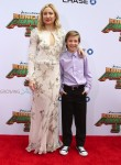 Kate Hudson with her son Ryder Robinson at Dream Works and Twentieth Century Fox present the World Premiere for Kung Fu Panda 3