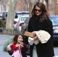 Keri Russell Wrangles Her Little Lady