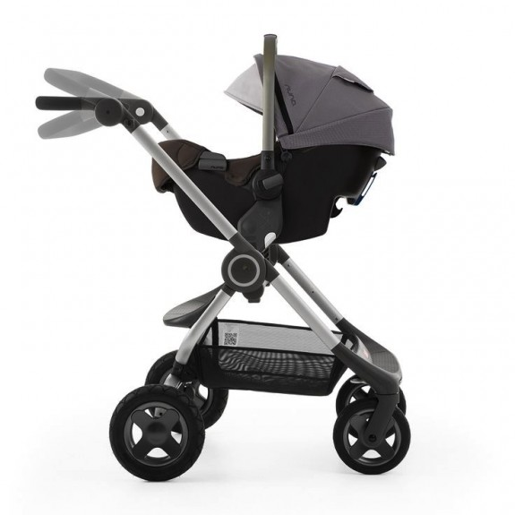 Stokke Crusi with Nuna Pipa