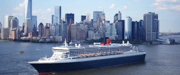 queen mary 2 in NYC