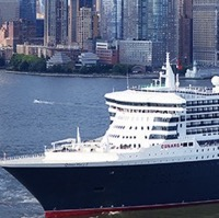 queen mary 2 in NYC t