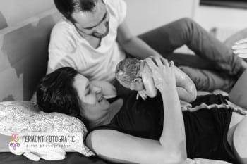 Child birth seconds after baby's birth 11