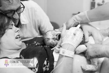Child birth seconds after baby's birth 9