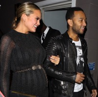 Chrissy Teigen & John Legend Welcome A Baby Girl!