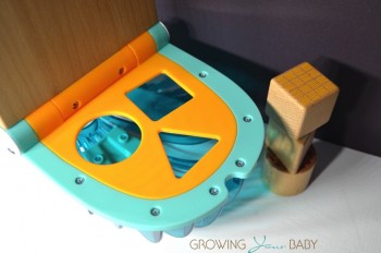 Fisher-Price Humpback Whale Shape Sorter - mouth open