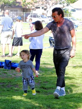 Gavin Rossdale with  Apollo At son Zuma's Soccer Practice