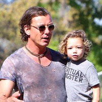 Gavin Rossdale Spends The Day With His Boys!