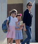 Jennifer Garner out in Santa Monica with daughters Violet & Seraphina Affleck