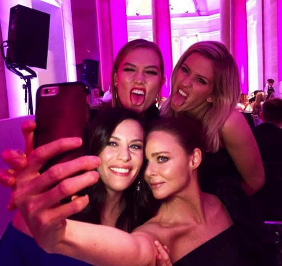 Karlie Kloss, Liv Tyler, Ellie Goulding and Stella McCartney at the 2016 Elle Style Awards