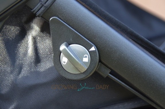 Peg Perego Book Cross Stroller - front wheel lock