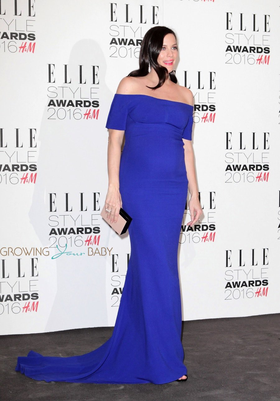 Pregnant Liv Tyler Shows Off Her Growing Belly At The Elle
