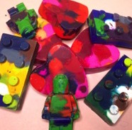 Valentines Craft Idea ~ Recycled Crayon Hearts & LEGO Men