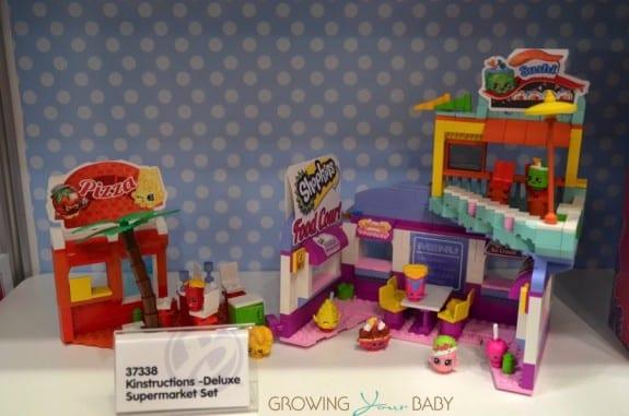 Shopkins Kinstructions Season 2 Supermarket Set