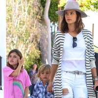 Lily Aldridge & Alessandra Ambrosio Meet Up For Lunch With Their Kids