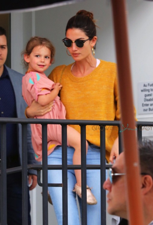 Lily Aldridge brings her daughter Dixie Followill out for lunch to Au Fudge