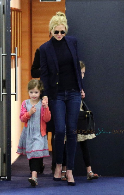 Nicole Kidman arrives in Sydney with her daughters Faith and Sunday Rose Urban