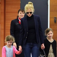 Nicole Kidman Arrives In Sydney With Her Girls