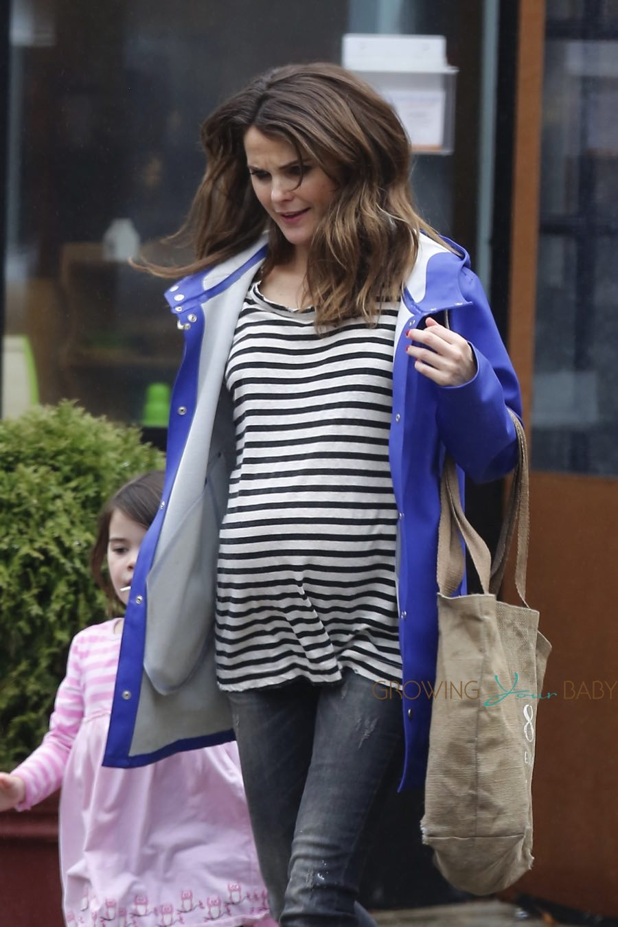 Pregnant Keri Russell Out In Nyc With Her Kids Growing