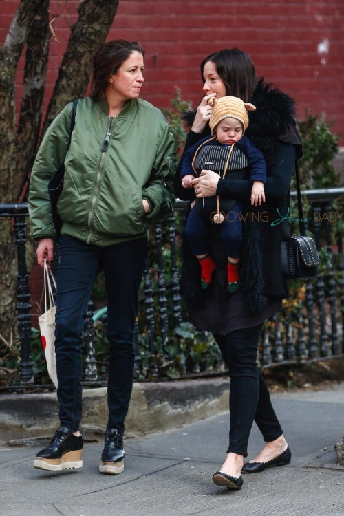 Pregnant Liv Tyler Goes Out For Lunch With Her Son Sailor Gardner