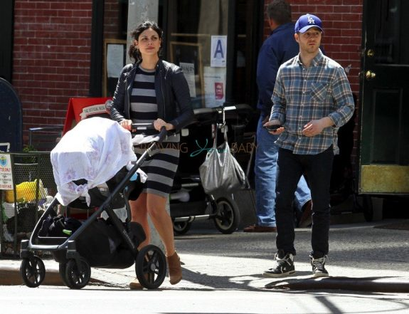 Benjamin McKenzie & Morena Baccarin Out With Their Daughter Frances