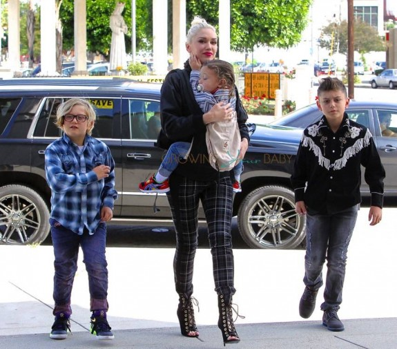 Gwen Stefani arrives at church with her kids Kingston, Zuma and Apollo Rossdale