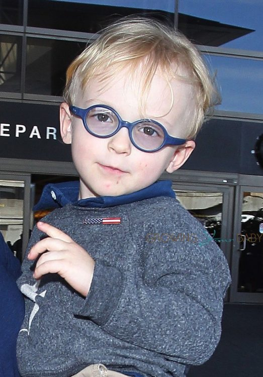 Jack Pratt at the airport with mom Anna Faris