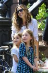 Sarah Jessica Parker helps her twins Tabitha and Marion at their lemonade stand