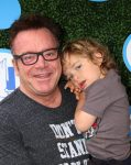 Tom Arnold, Jax Copeland Arnold at Safe Kids Day
