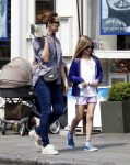 Jennifer Garner and daughter Violet Affleck out in London