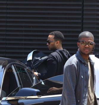 John Legend out in LA with his baby girl