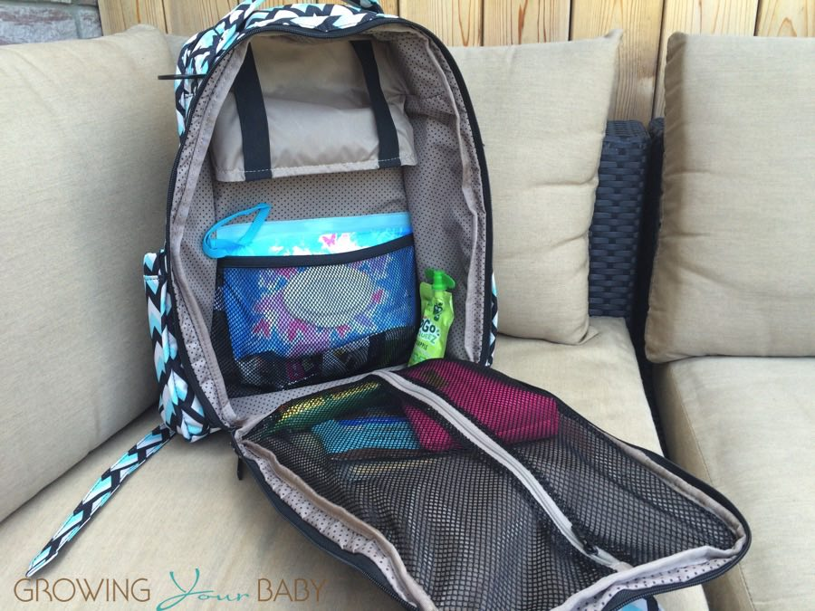 05066fe13872 Ju-Ju-Be Be Right Back BackPack ONYX collection - main compartment