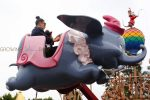 Kim Kardashian rides Dumbo with daughter North West