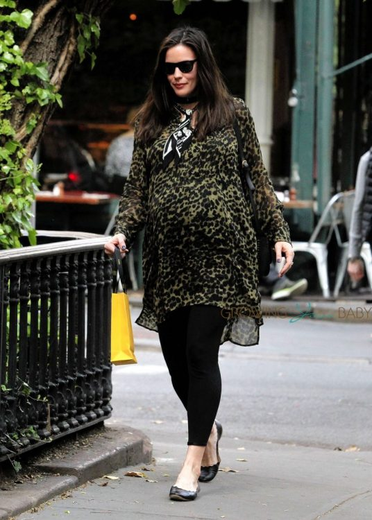 pregnant Liv Tyler out in NYC
